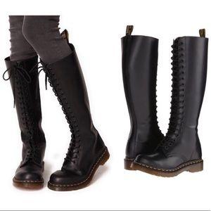 LIKE NEW! Dr Martens Black 20 Eye Knee High Boots